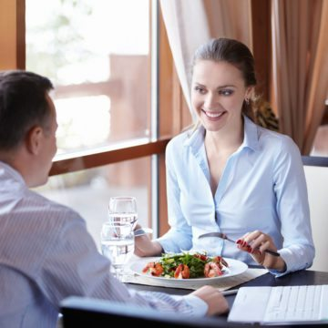 networking over lunch helps interior designers